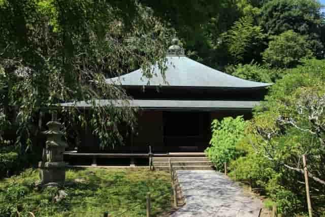 鎌倉「東慶寺」本堂 『駆込み女と駆出し男』感想
